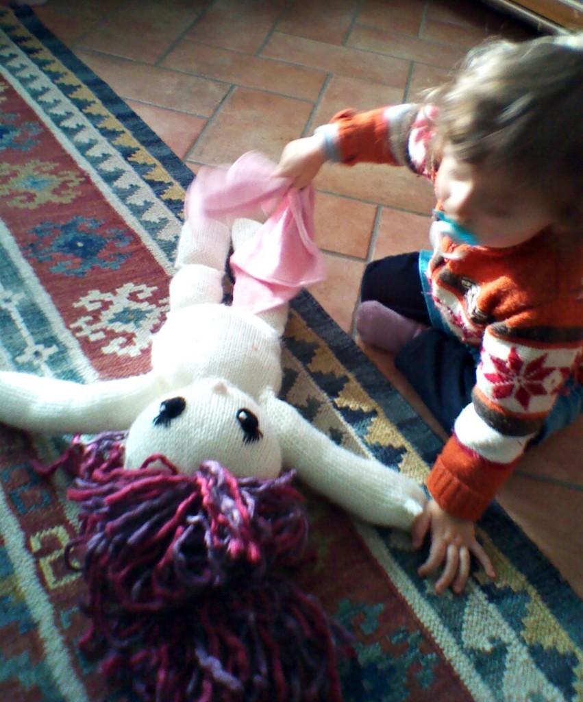 grande bambola di maglia 2